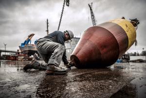 Timberland_Pro-welder-dockside